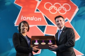 Презентация медалей Летних Олимпийских игр-2012. Фото с сайта ahmadtea.ua