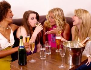 Женские разговоры. Фото с сайта healthland.time.com